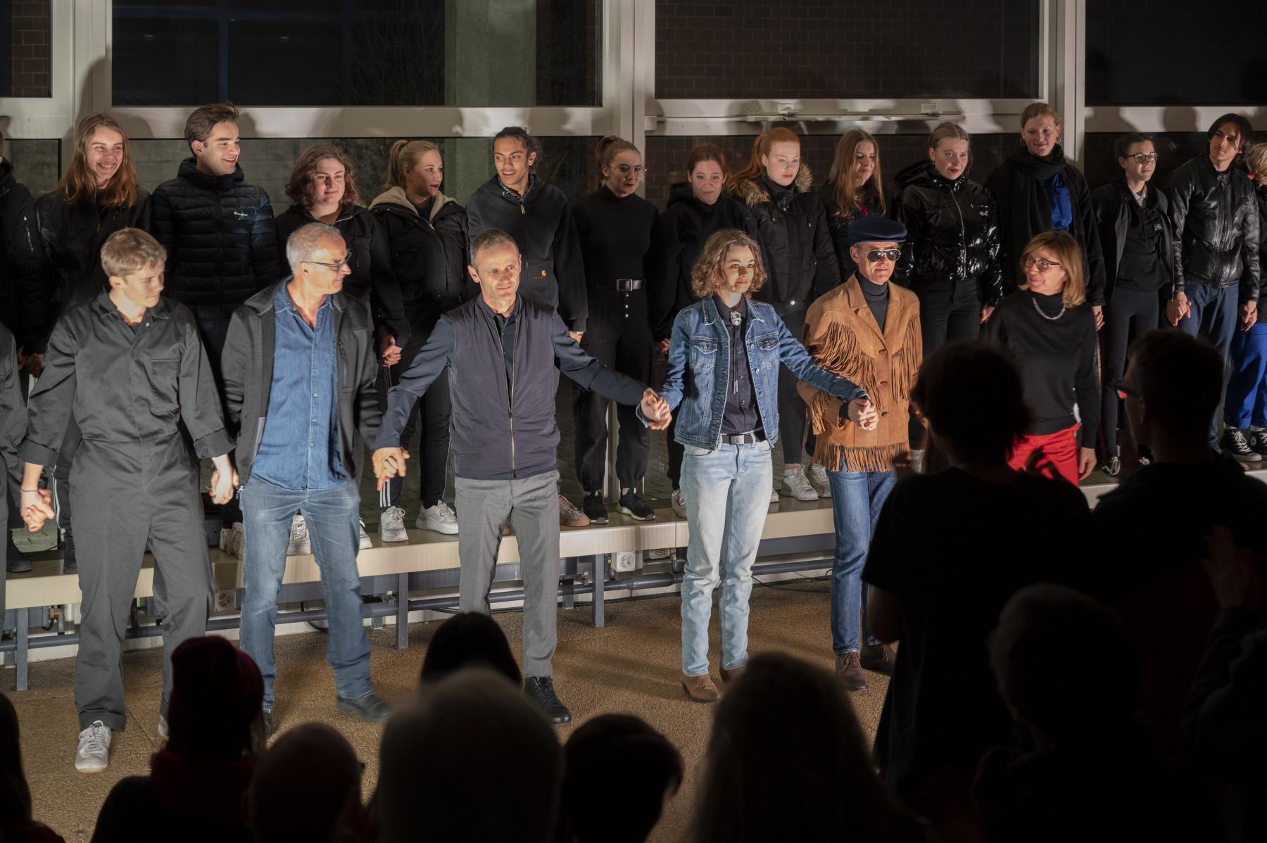 DEADNAME - Theatergruppe AUJA!